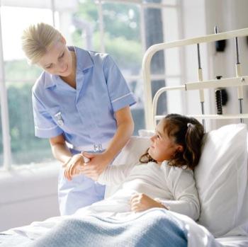formation puericultrice dans un centre hospitalier