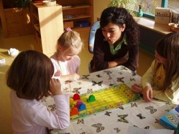 les formations pour devenir puericultrice