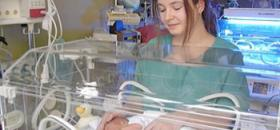 travail puericultrice en maternite
