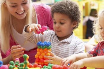 formation cap petite enfance pour devenir puericultrice